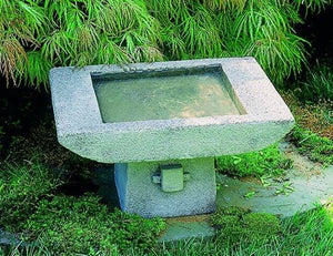 Campania International Kyoto Birdbath Life on Plum