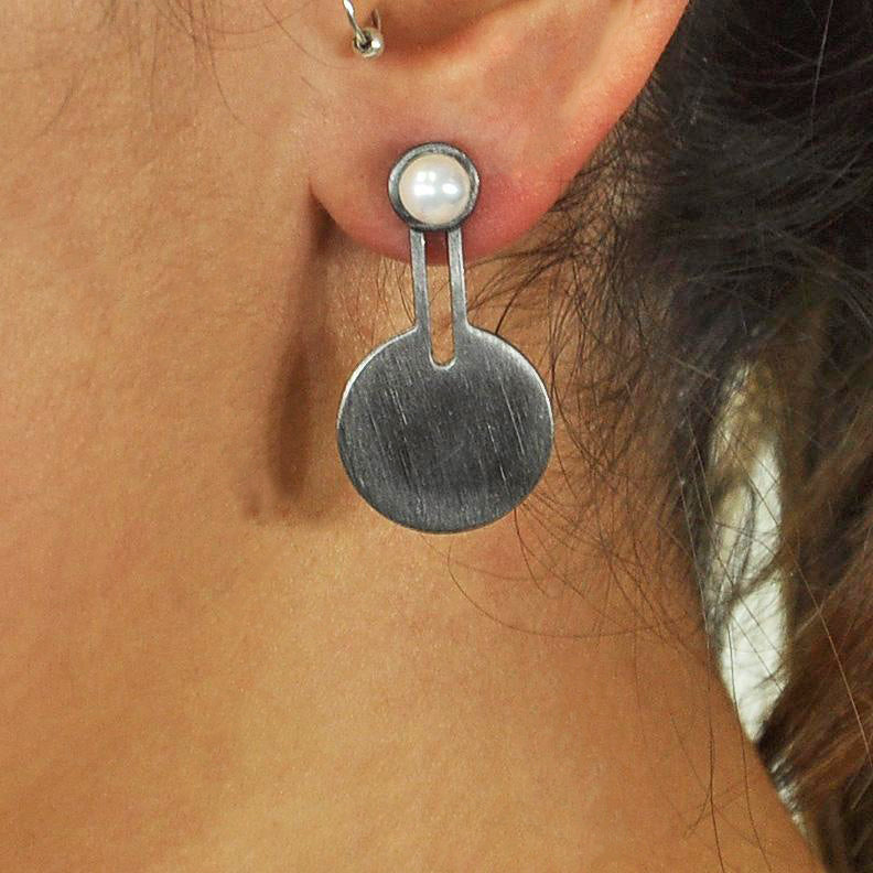 Gunmetal Earrings w/ Cultured Pearl