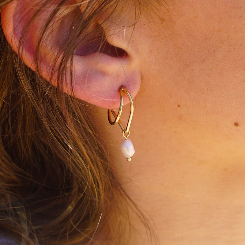 Golden Earrings w/ Freshwater Pearls