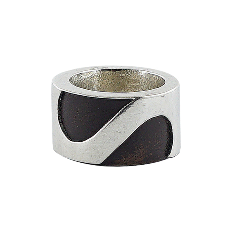 Sterling Silver Ring w/ Dark Brown Detail
