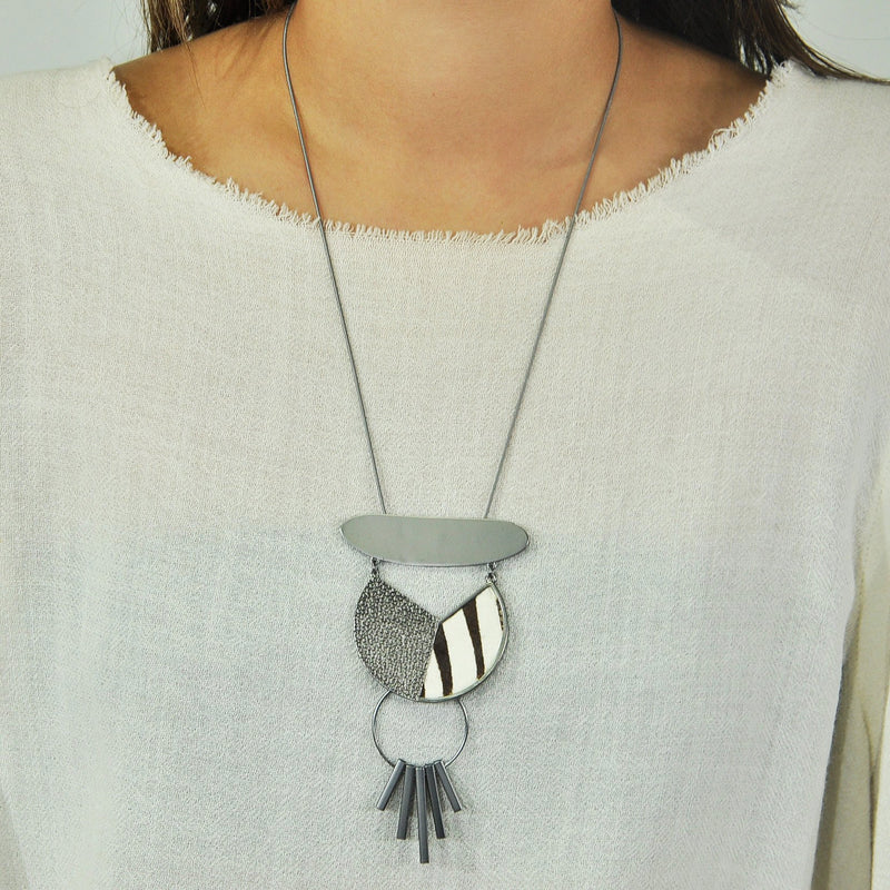 Gunmetal Necklace w/ Patterned Pendant