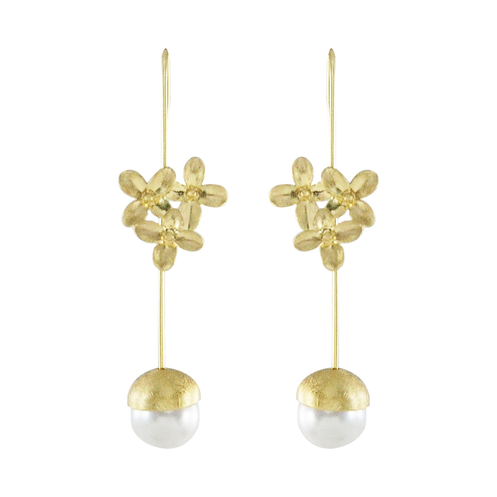 Golden Earrings w/ Flowers & Cultured Pearl