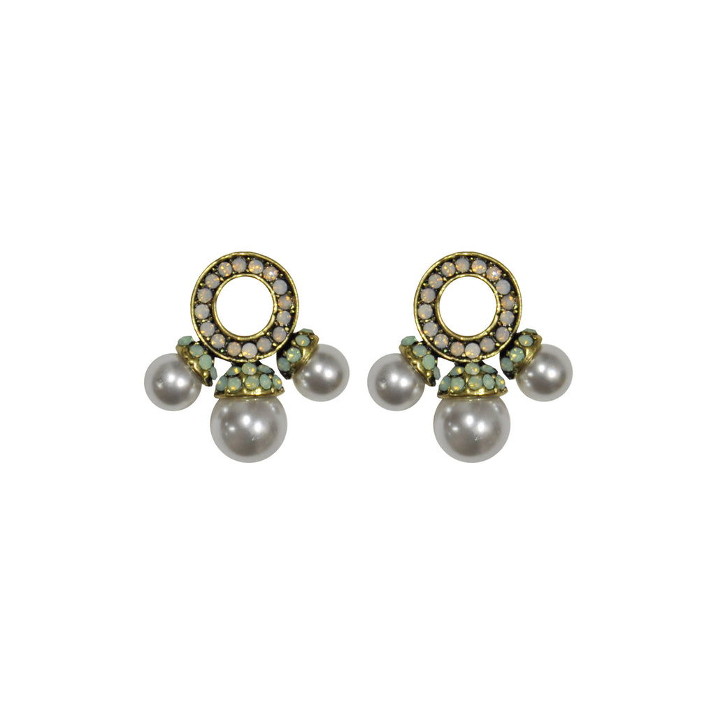 White and green crystal earrings with pearls