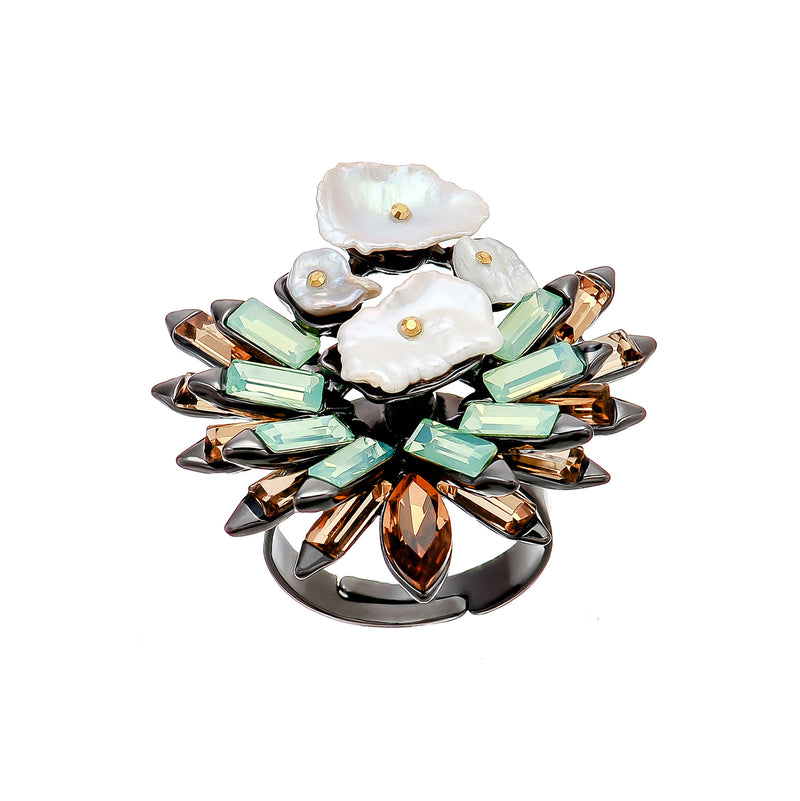 Mother of Pearl & Crystals Ring