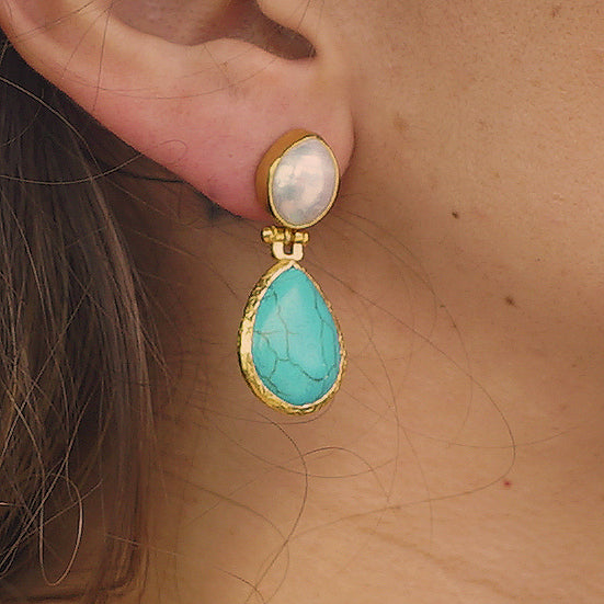 Golden Earrings w/ Cultured Pearl & Turquoise Stone