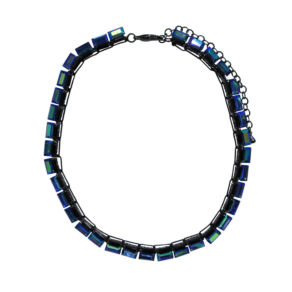 Blue Crystals Necklace with Reflections