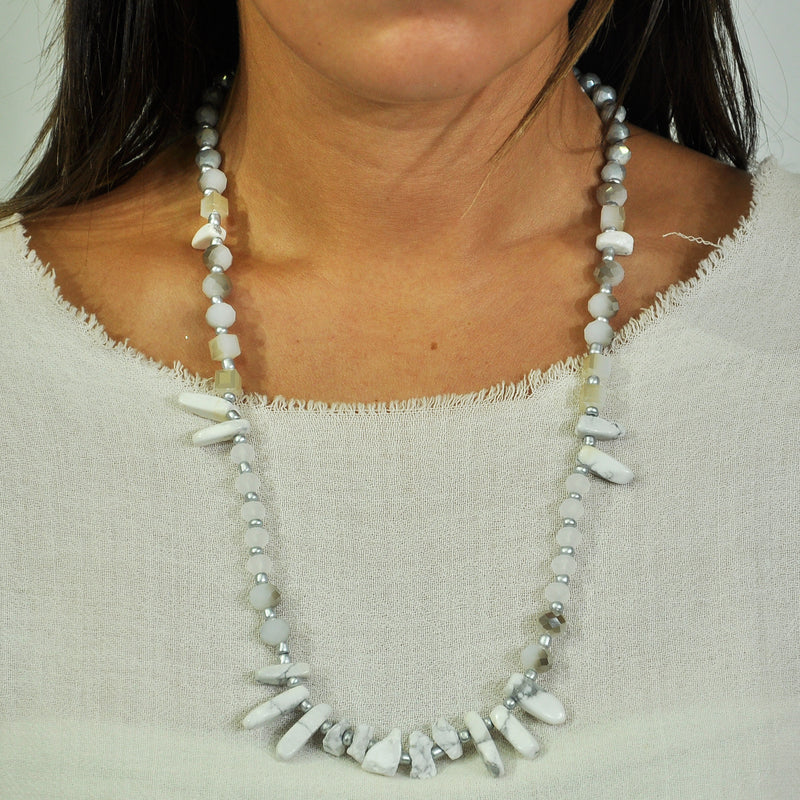 White Stone & Crystals Necklace