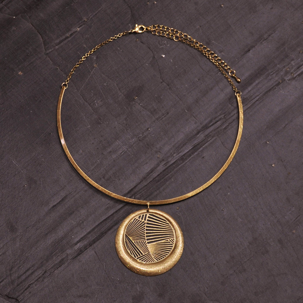 Scratched Gold Necklace with Round Pendant