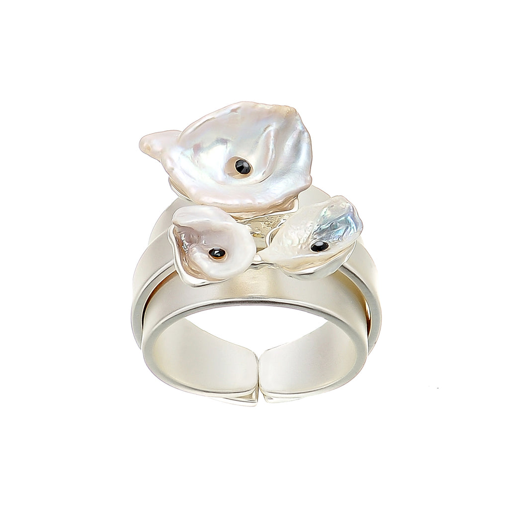 Silver Plated Ring w/ Pearl