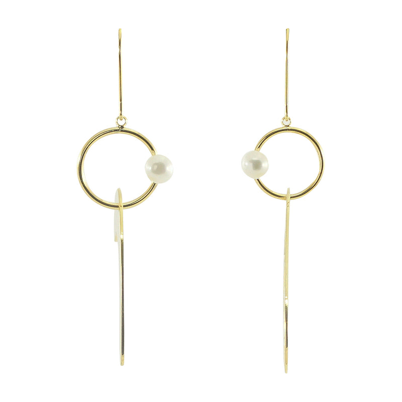 Golden Earrings w/ Freshwater Pearl