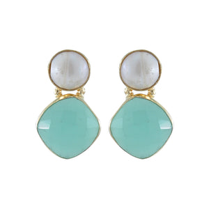 Golden Earrings w/ Pearl & Cyan Crystal