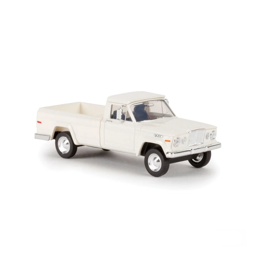 HO Scale: 1962 Jeep Gladiator Pickup Truck - White