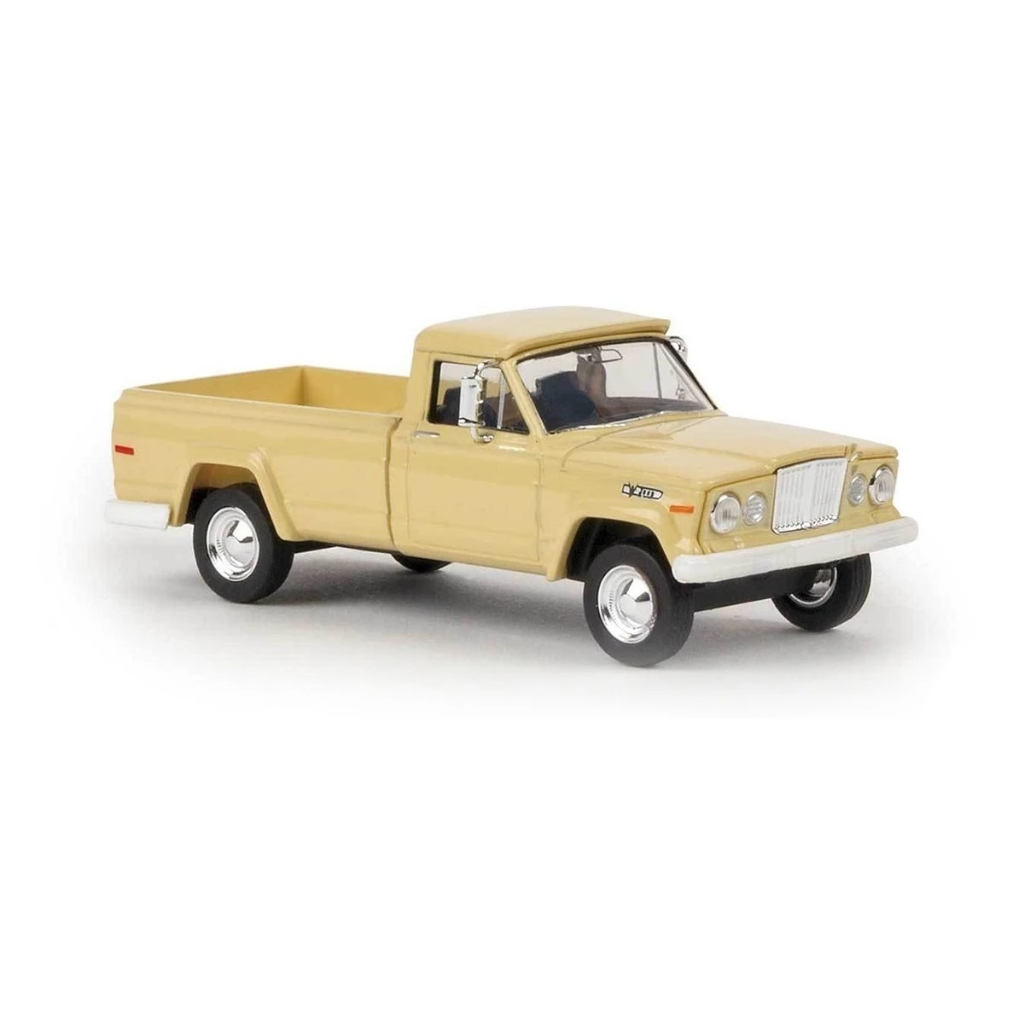 HO Scale: 1962 Jeep Gladiator Pickup Truck - Ivory