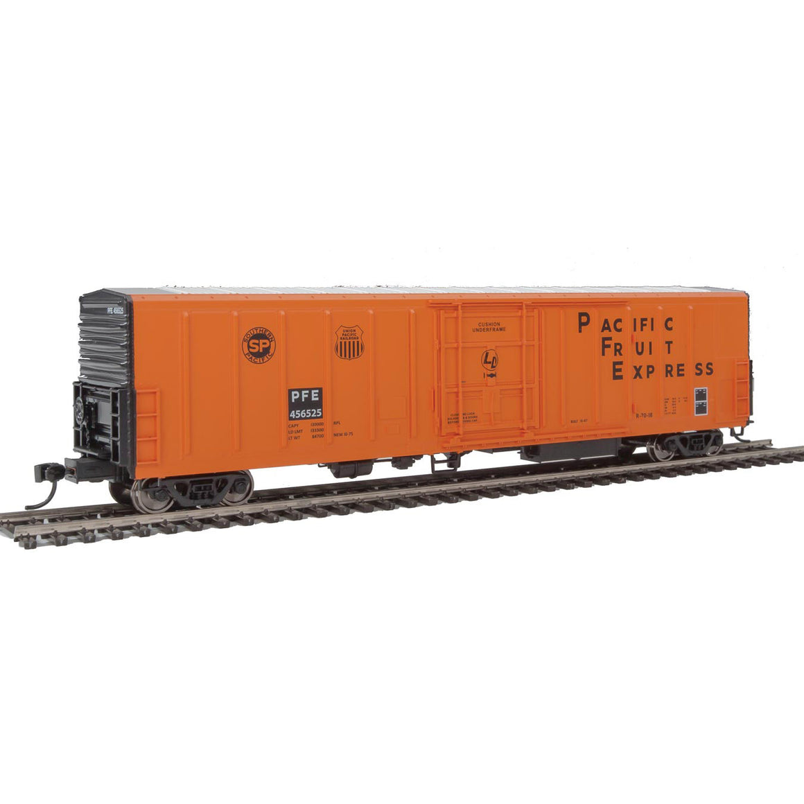 HO Scale: 57' Mechanical Reefer - Pacific Fruit Express