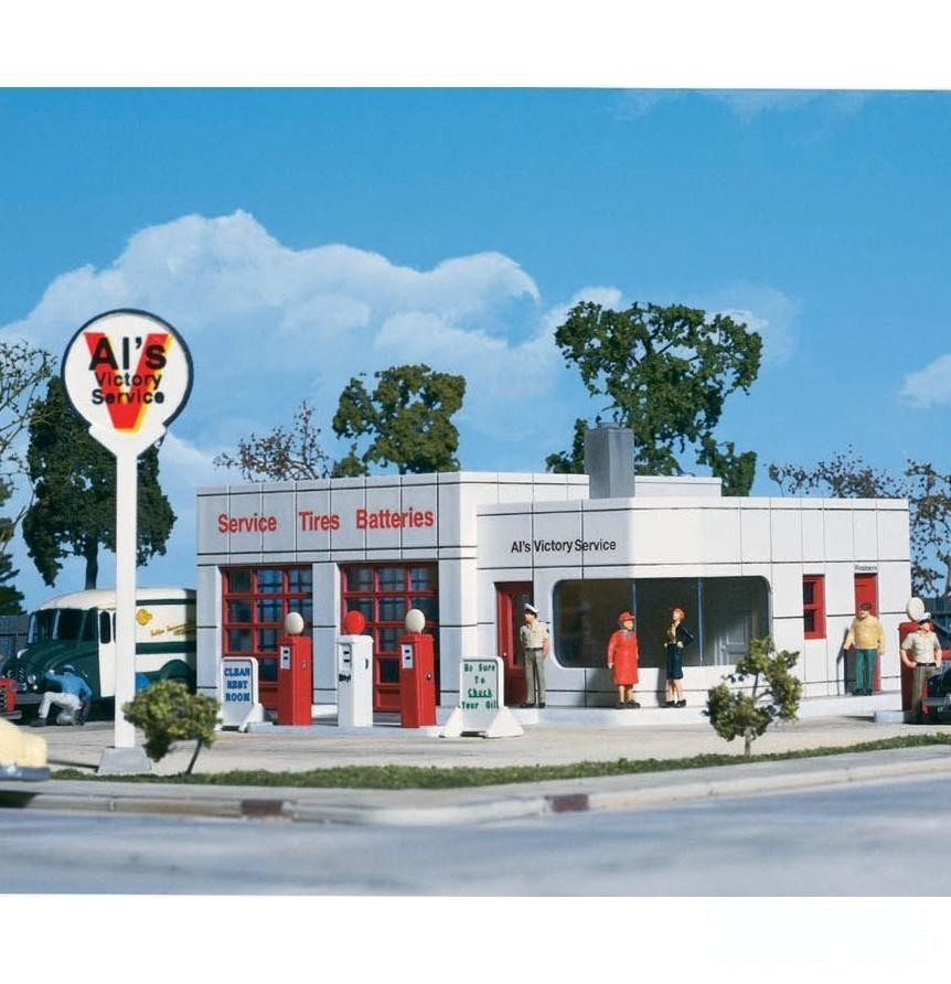 HO Scale: Al's Victory Service Gas Station - Kit