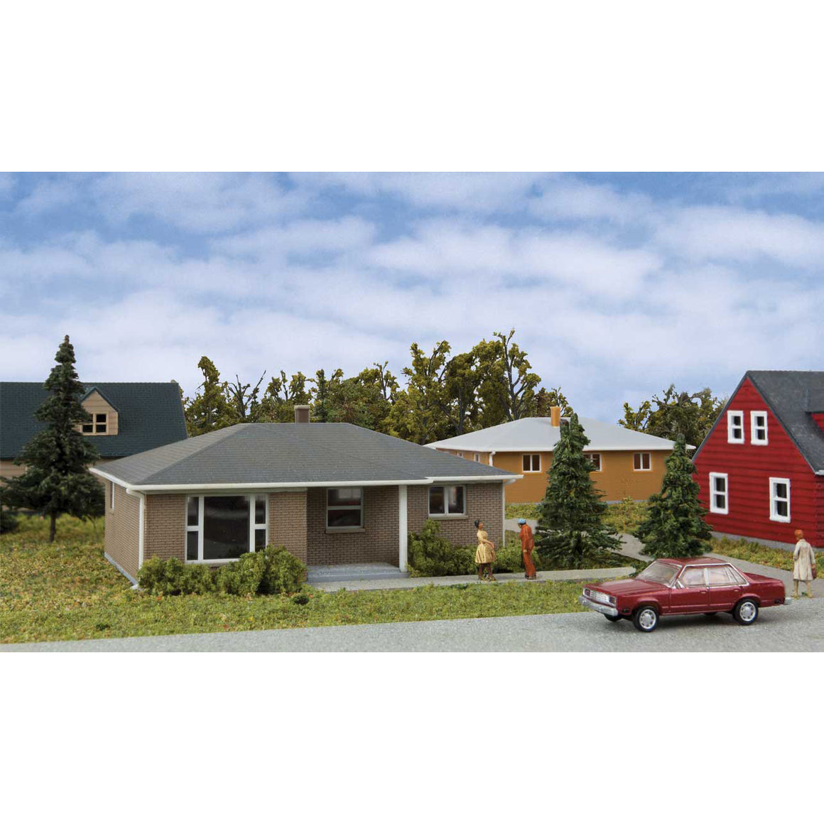 N Scale: Brick Ranch House - Kit