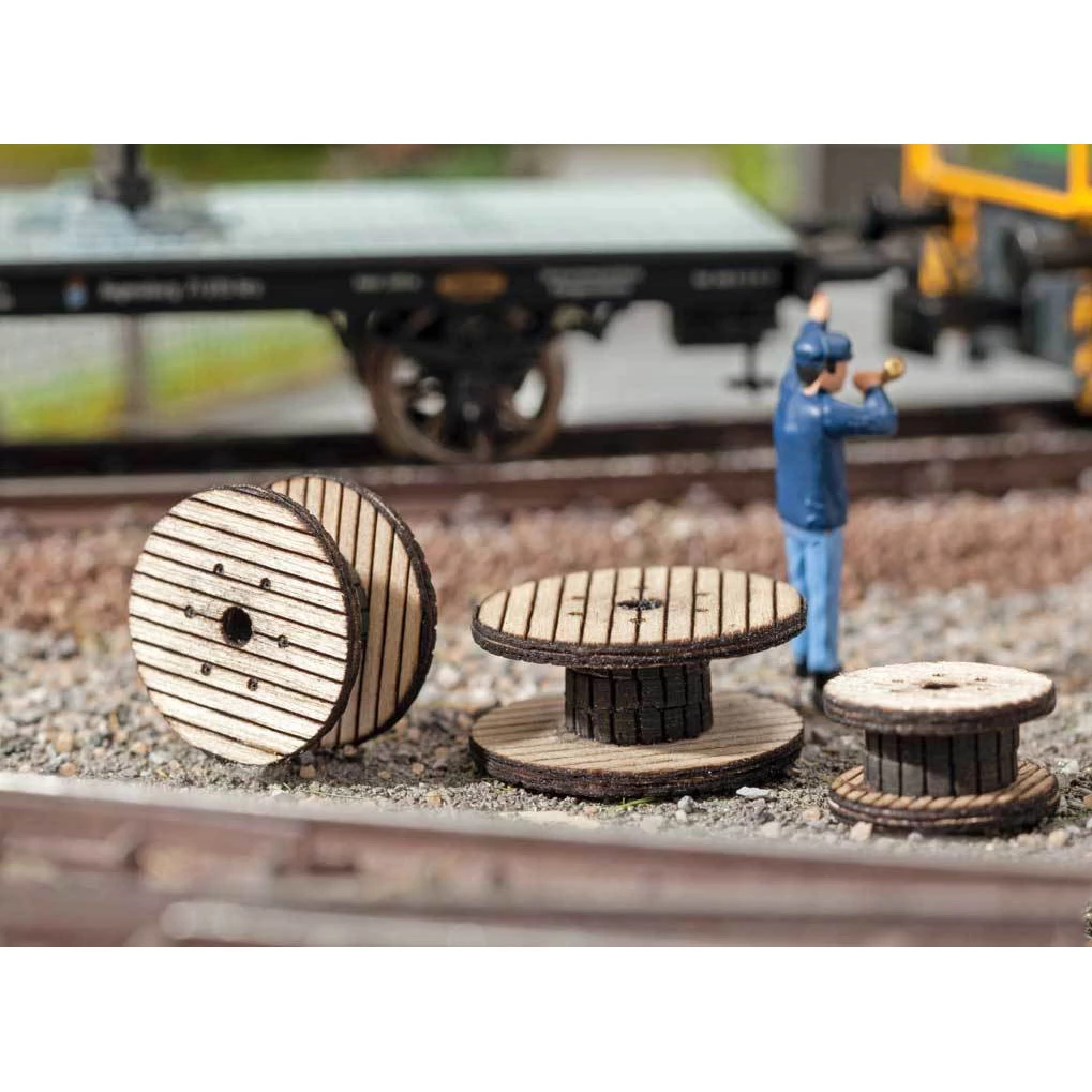 HO Scale: Cable Reels - Laser-Cut Wood Kit