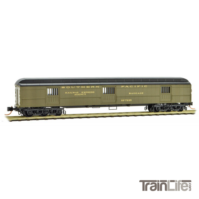 N Scale: 70' Heavyweight Horse Car - Southern Pacific