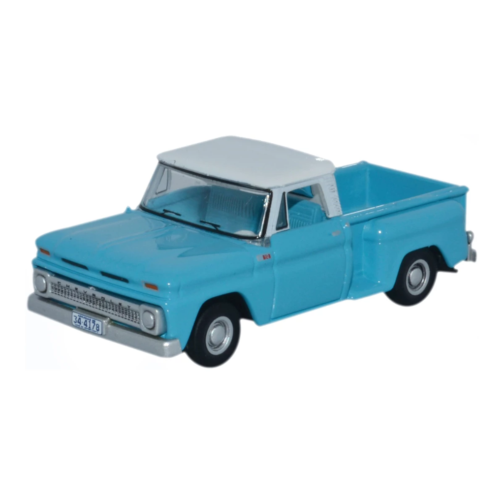 HO Scale: 1965 Chevrolet Stepside Pickup - Light Blue, White