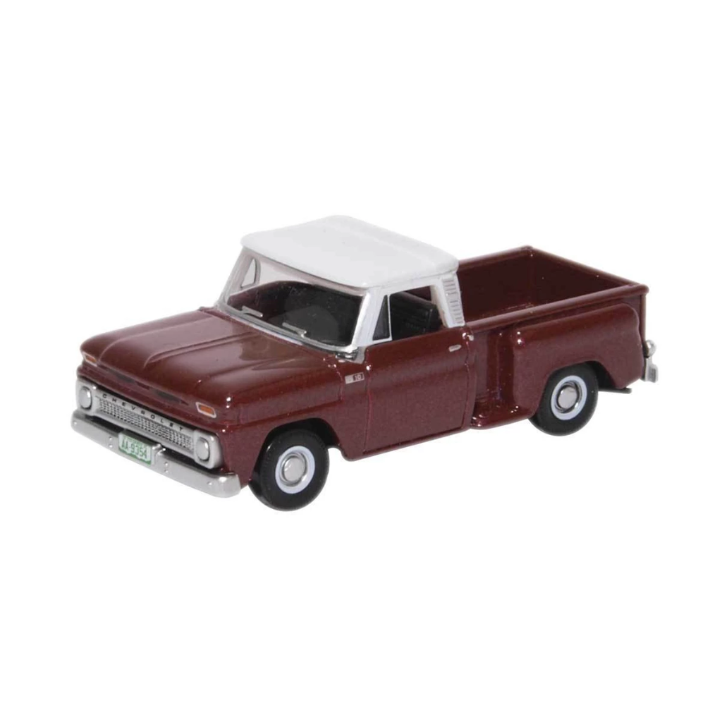HO Scale: 1965 Chevrolet Stepside Pickup - Metallic Maroon