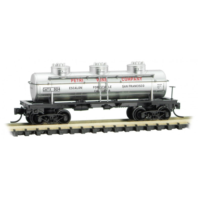 N Scale: 3-Dome Tank Car - Petri Wine Co.