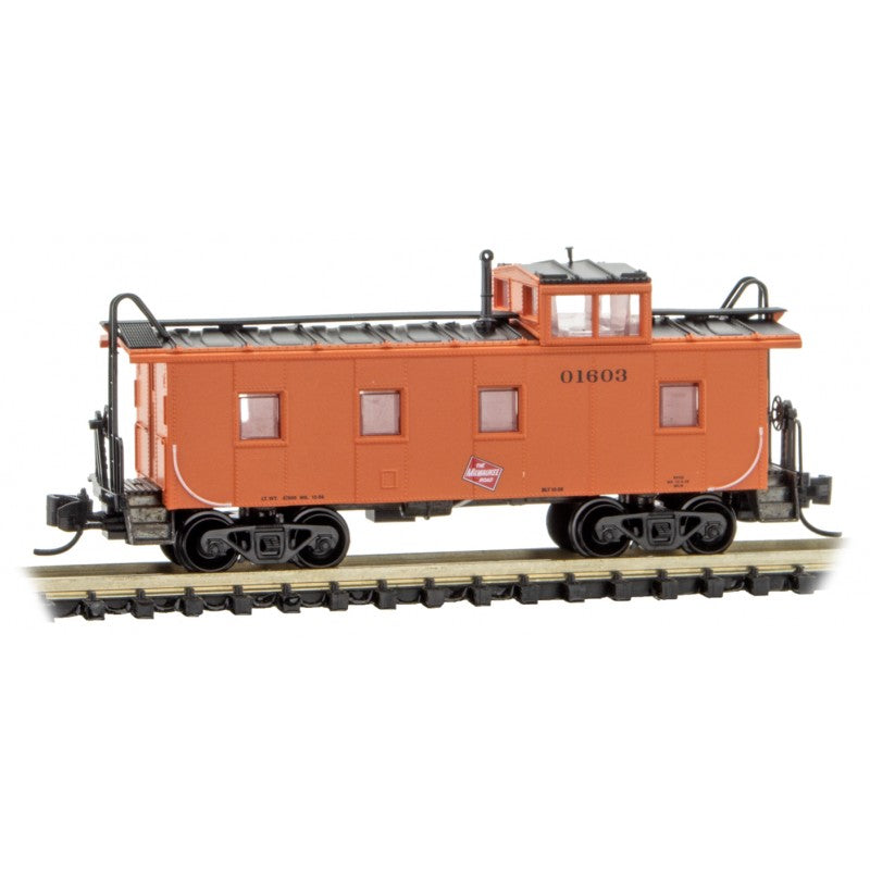 N Scale: 36' Steel Riveted Caboose - Milwaukee Road