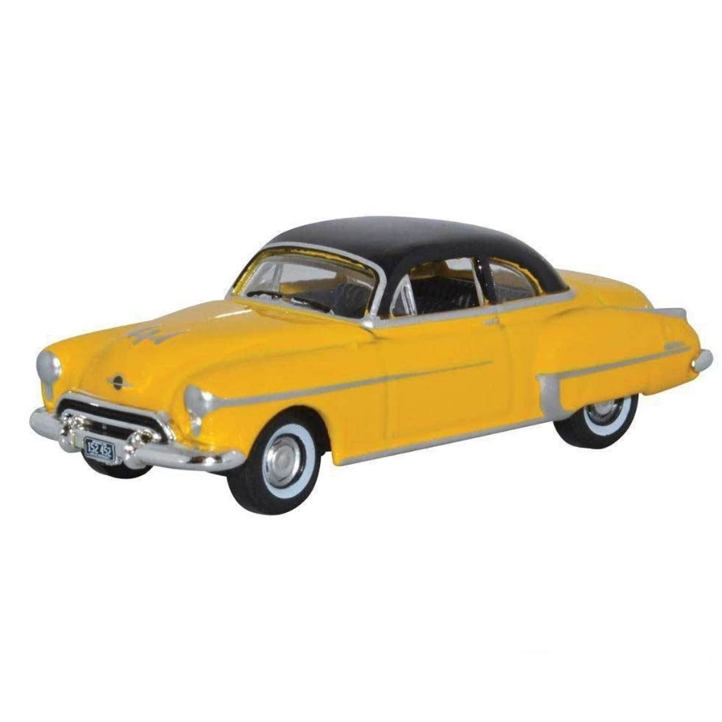 HO Scale: 1950 Oldsmobile Rocket 88 - Yellow & Black