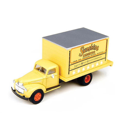 HO Scale: 1941-46 Chevy Box Truck - Sun Bakery
