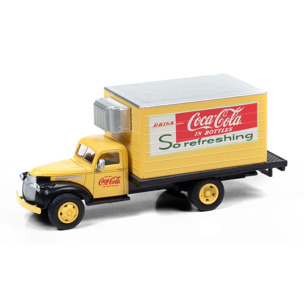 HO Scale: 1941-1946 Chevrolet Reefer Delivery Truck - Coca Cola 'So Refreshing'