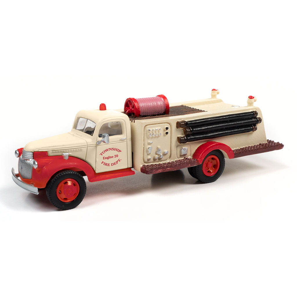 HO Scale: 1941-1946 Chevrolet Fire Truck - Township Fire Department