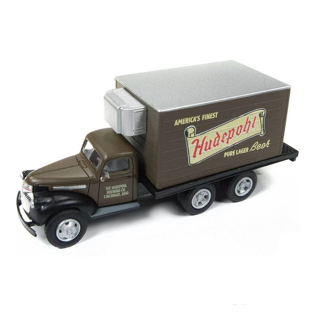 HO Scale: 1941-46 Chevy Box Truck - Hudepohl Lager Beer