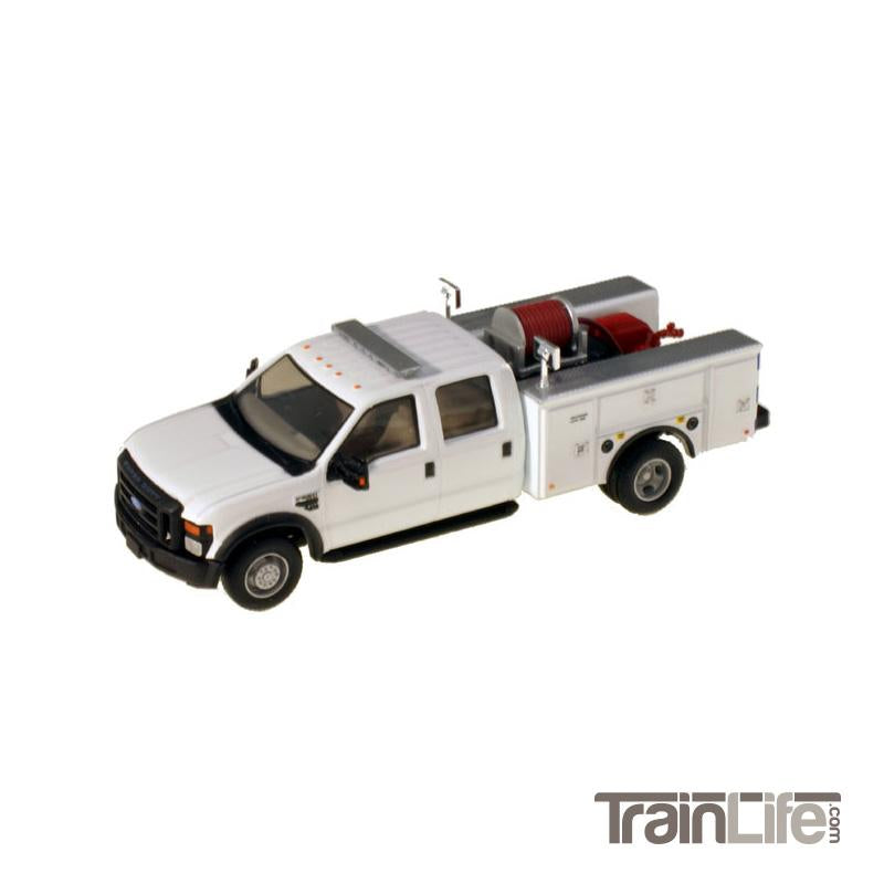 HO Scale: Lighted Ford F-550 XL Crew Cab 4x4 - Fire Truck - White