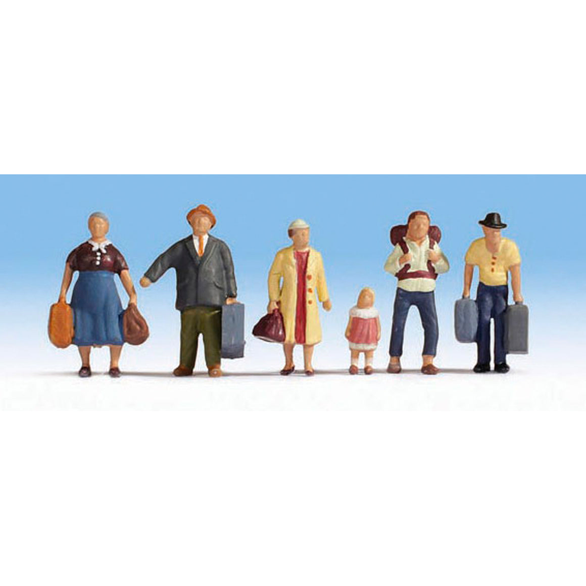 HO Scale: Passengers Ready to Board - 6 Pack
