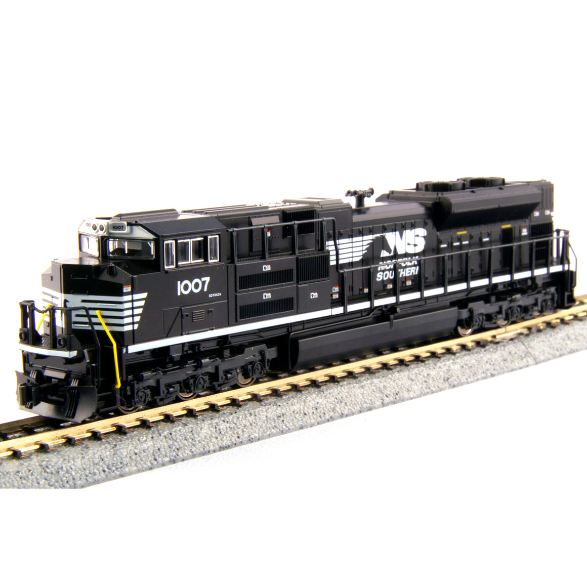 N Scale: EMD SD70ACe - DCC - Norfolk Southern