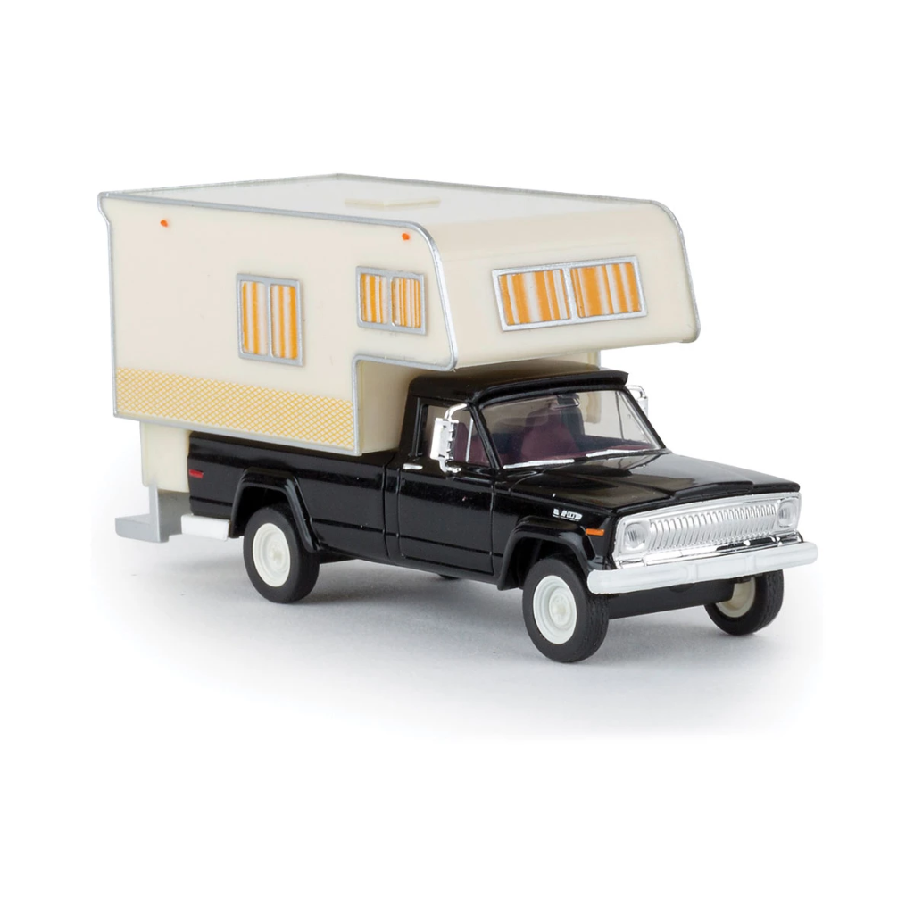 HO Scale: 1962 Jeep Gladiator Pickup Truck w/ Camper - Black