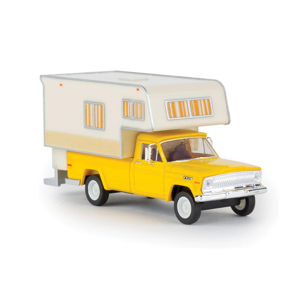 HO Scale: 1962 Jeep Gladiator Pickup Truck w/ Camper - Yellow