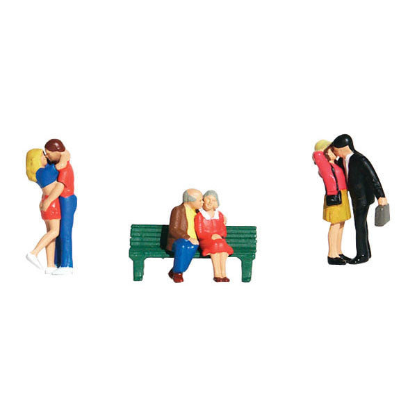 HO Scale: Lovers