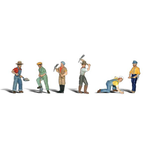 N Scale: Track Workers