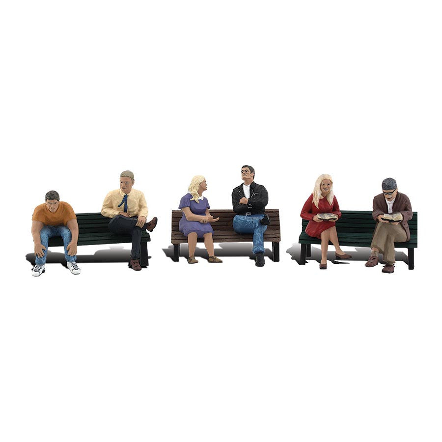 N Scale: People on Benches