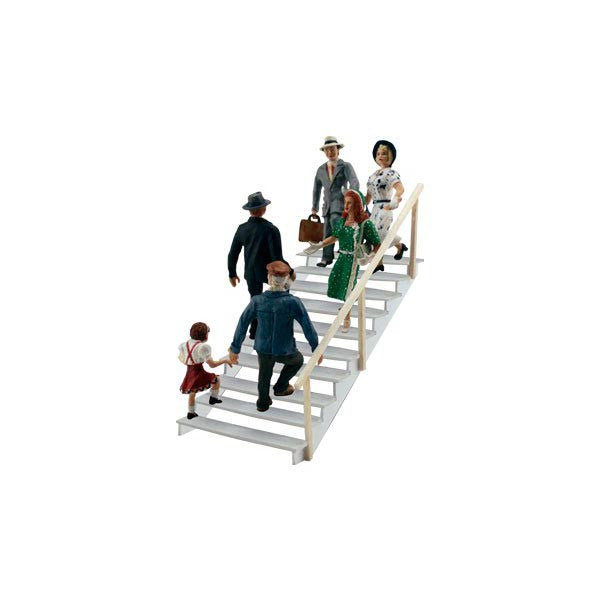 HO Scale: Taking the Stairs