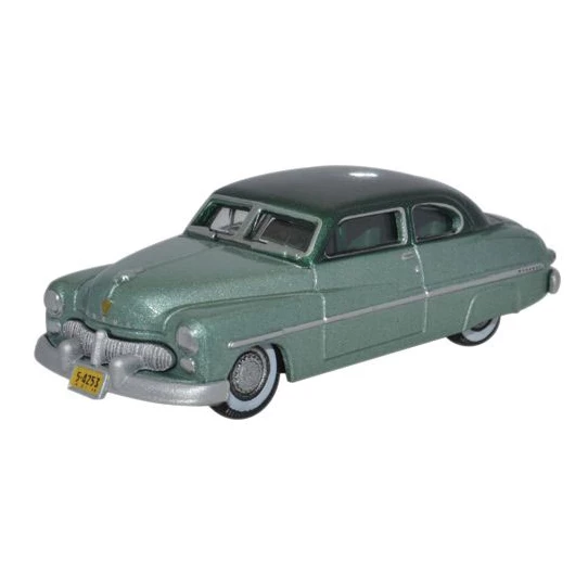 HO Scale: 1949 Mercury Eight Coupe - Adelia Green/Mogul Green