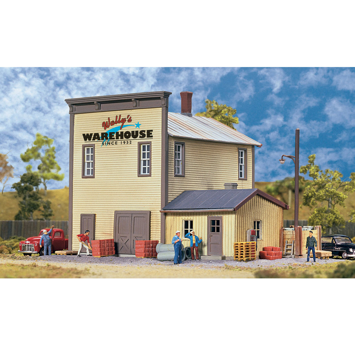 HO Scale: Wally's Warehouse