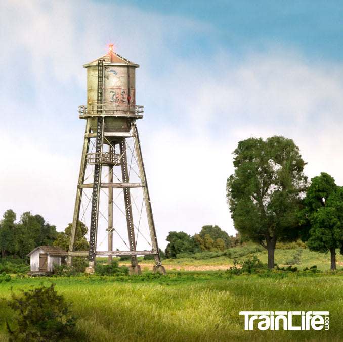 N Scale: Rustic Water Tower