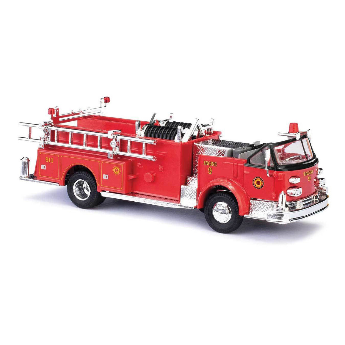 HO Scale: 1968 American LaFrance Open-Cab Pumper