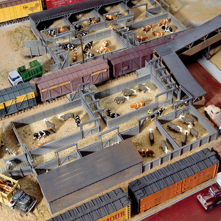 HO Scale: Stock Yards - 2 Pens - Kit