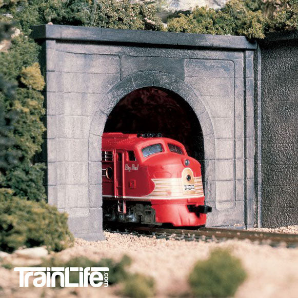 N Scale: Concrete Single Track Tunnel Portal