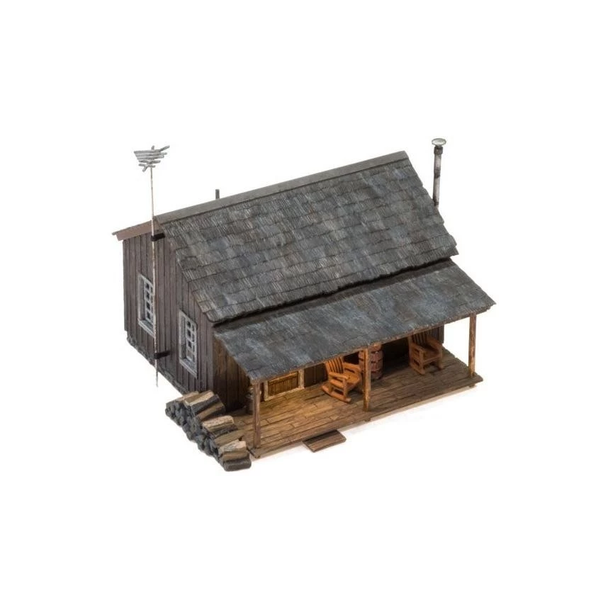 HO Scale: Just Plug® Rustic Cabin