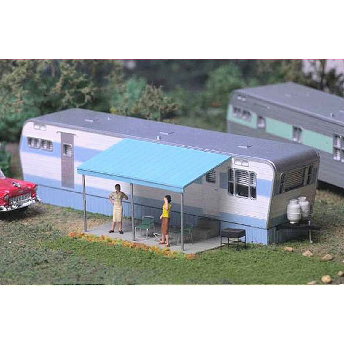 HO Scale: Roberts Road Mobile Home - Kit