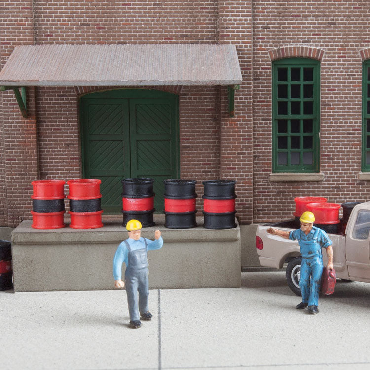 HO Scale: Oil Drums