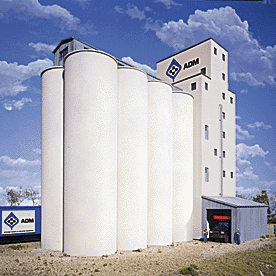 HO Scale: Elevator Add-on Silos - Kit